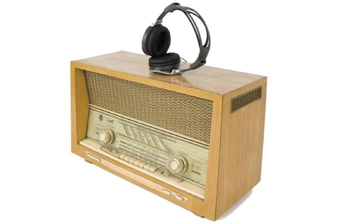 vieux_poste_radio_ft